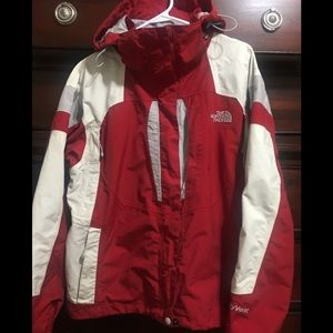 North Face Women's red Hyvent hooded jacket